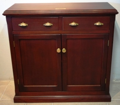 Cabinet in mahogany from the Italian liner M/N G. Verdi. Double door, 1 detachable shelf, 2 drawers.