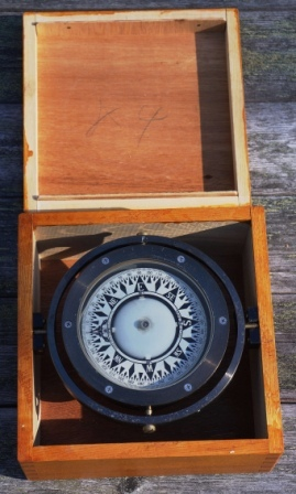 20th century compass made by Saura Keiki Seisakusho Ltd., Tokyo Japan. Marked A5138 and F. Mounted in gimbals, in original wooden box.