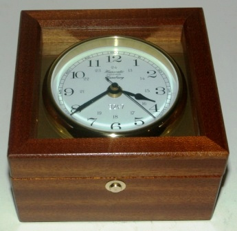 20th century ships clock made by Hanseatic Instruments, Hamburg. No 3247. Battery driven/ Quartz.