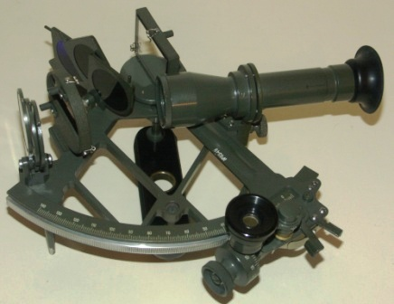 Mid 20th century metal sextant (without box) used by the Navy. No 6549.