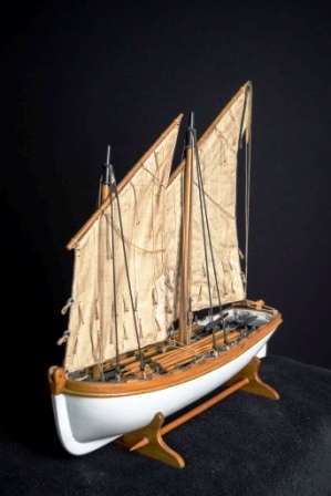 Early 20th century built model depicting H.M.S. VANADIS launch.