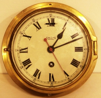 Early 20th century Smiths Astral, ships clock made of brass. Incl original key.