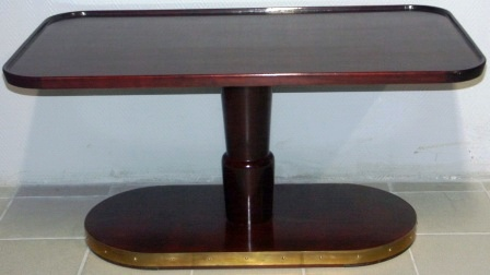 Rectangular sofa table in mahogany and brass from the Italian liner M/N G. Verdi.