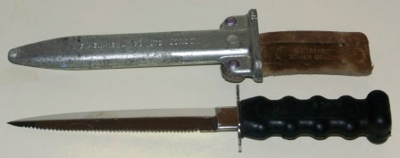 20th century diving knife made by C.E. Heinke & Co. Ltd/Siebe Gorman, London. Double edged blade.