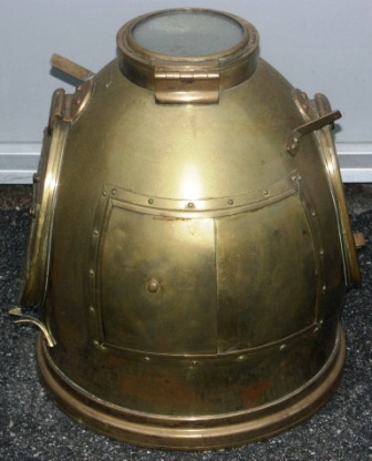 20th century binnacle hood. Made of brass. Manufactured by Rejna Zanardini, Milano Italy.