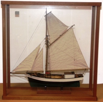 20th century built model depicting the Finnish cutter GARD of Kimito. Mounted in case.