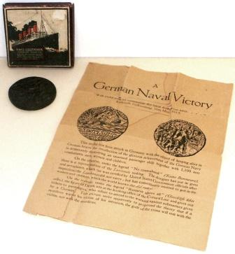 German WWI medal in original case pricing the German Naval Victory. Incl explanation