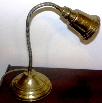 20th century electrified chart room table lamp. Flexible, made of brass.