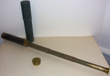 Late 19th century hand-held refracting telescope, maker unknown. With three brass draws and leather bound tube. Incl case.