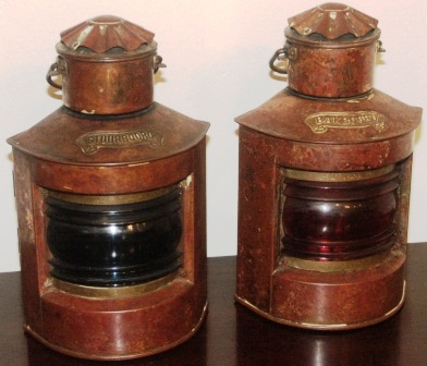 Pair of 20th century Dutch copper navigation lanterns, port and starboard. Including oil burning lamps.
