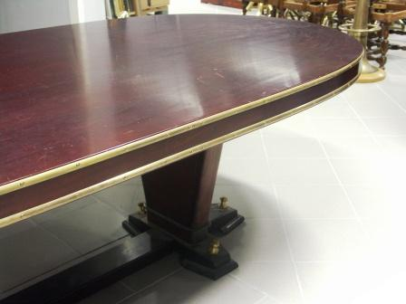 Oval table in mahogany and brass from the Italian liner M/N G. Verdi.