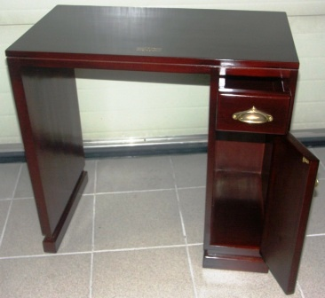 Small desk with drawer and door in mahogany and brass from the Italian liner M/N G. Verdi