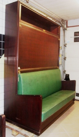 "Combined sofa and two folding beds, ""Pullman"", from the Italian liner M/N G. Verdi."