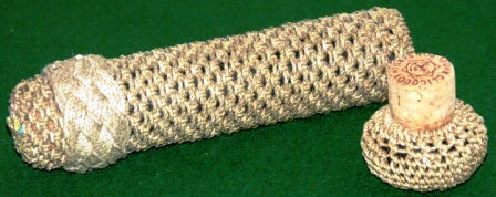 Rope-coated needle-case with decorative pattern