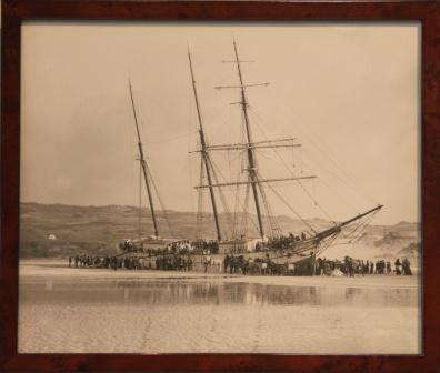 The VOORSPOED stranded at Perranporth 1901